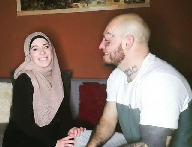 https: img.okezone.com content 2021 02 25 43 2368460 masuk-islam-petarung-mma-wilhelm-ott-tak-sabar-menanti-ramadan-PMQtxUROct.JPG