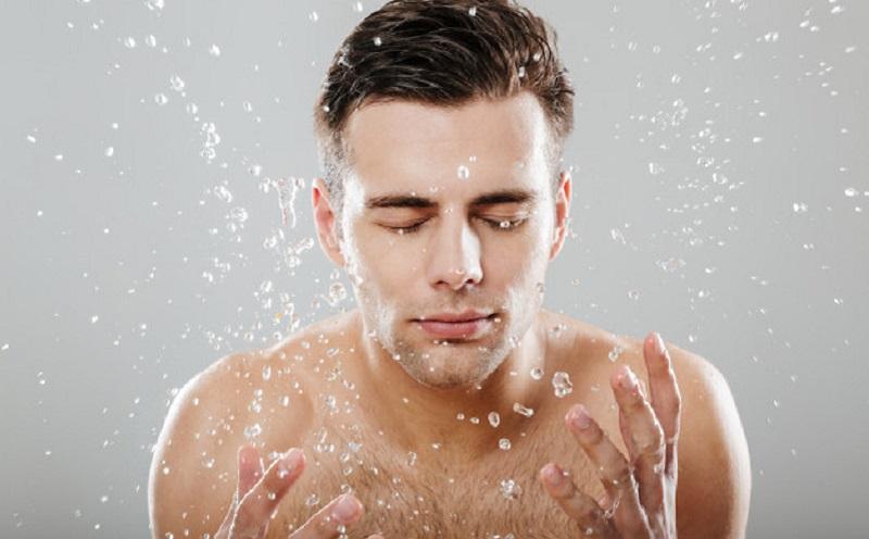 https: img.okezone.com content 2021 02 25 611 2368203 pentingnya-merawat-diri-untuk-pria-VeVqJAUN3w.jpg