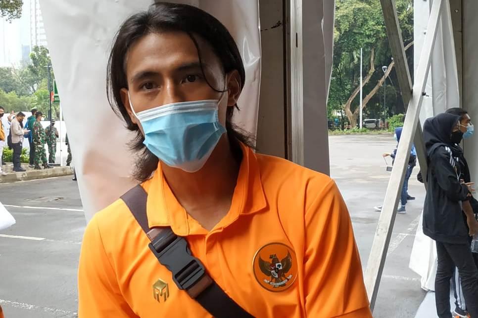https: img.okezone.com content 2021 02 26 51 2368886 divaksin-hanif-sjahbandi-sekarang-kita-bisa-fokus-berikan-prestasi-untuk-indonesia-mi29uSRwXL.jpeg