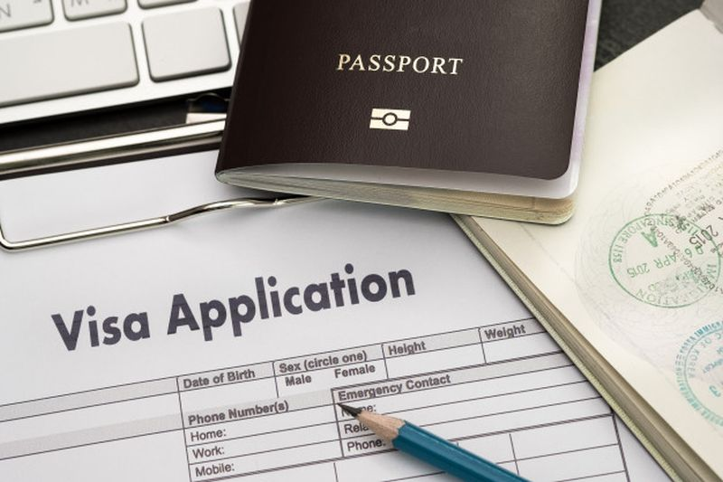 https: img.okezone.com content 2021 03 01 406 2370332 visa-turis-uea-diperpanjang-gratis-berlaku-hingga-31-maret-lNwR0dCG80.jpg