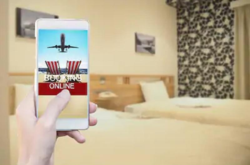 https: img.okezone.com content 2021 03 01 470 2370243 makin-sepi-orang-yang-check-in-hotel-turun-di-awal-2021-cfQyfmkD3j.jpg