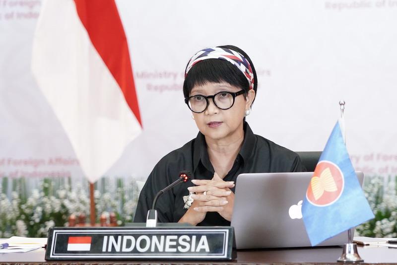 https: img.okezone.com content 2021 03 02 18 2371088 pertemuan-khusus-menlu-asean-indonesia-serukan-penghentian-kekerasan-di-myanmar-OlrBsTJ3xG.jpg