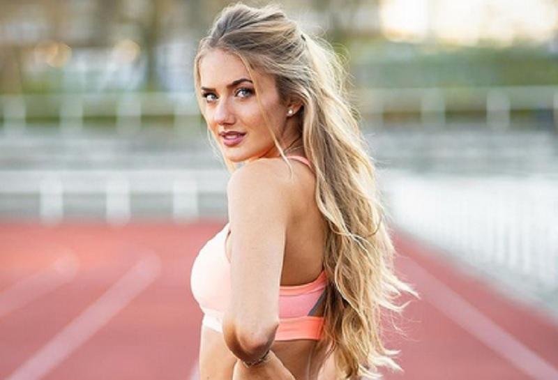 https: img.okezone.com content 2021 03 02 43 2370758 intip-foto-foto-atlet-terseksi-di-dunia-alica-scmidt-saat-olahraga-mana-paling-menawan-dR4rUMV0OH.jpg