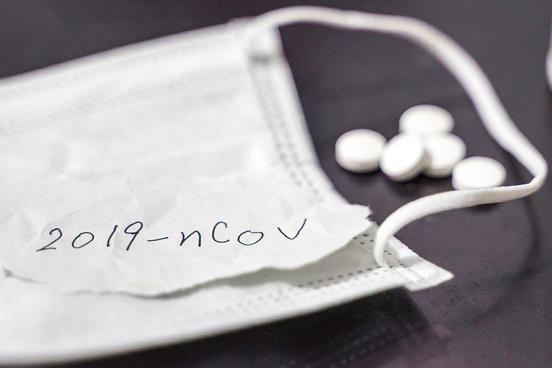 https: img.okezone.com content 2021 03 02 481 2370999 positif-covid-19-penderita-hipertensi-diimbau-lanjutkan-konsumsi-obat-LrIvHsiumJ.jpg