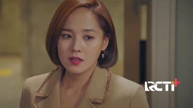 https: img.okezone.com content 2021 03 02 598 2370643 apa-yang-akan-dilakukan-su-ryeon-selanjutnya-pada-yoon-hee-saksikan-the-penthouse-eps-20-XzY1YOOdY1.jpg