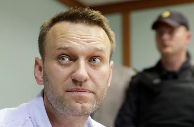 https: img.okezone.com content 2021 03 03 18 2371266 as-umumkan-sanksi-atas-serangan-terhadap-navalny-mKD2R7y5CH.jpg