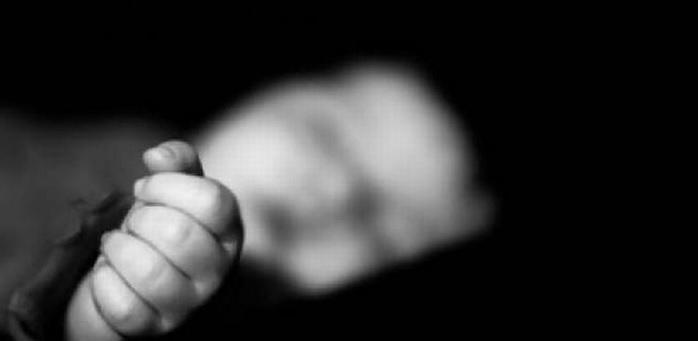 https: img.okezone.com content 2021 03 03 338 2371892 kronologi-pemulung-temukan-mayat-bayi-terbungkus-kantong-plastik-di-tempat-sampah-O4VcbtzY8u.jpg