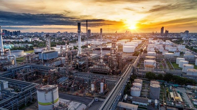 https: img.okezone.com content 2021 03 04 320 2371992 harga-minyak-mentah-indonesia-naik-jadi-usd60-3-per-barel-uQgUDALTzb.jpg