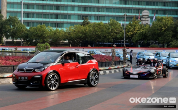 https: img.okezone.com content 2021 03 04 320 2372531 persiapan-inalum-hingga-pln-bangun-industri-baterai-kendaraan-listrik-KbCDS48bKw.jpg