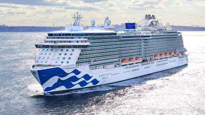 https: img.okezone.com content 2021 03 07 406 2373836 kapal-pesiar-batalkan-banyak-pelayaran-musim-panas-pelanggan-kecewa-DFyTMr9sk4.jpg