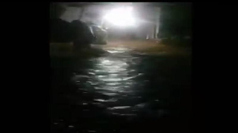 https: img.okezone.com content 2021 03 08 340 2373952 banjir-bandang-rendam-31-rumah-di-kolaka-sulawesi-tenggara-ratusan-orang-mengungsi-ekasfpDVOz.jpg