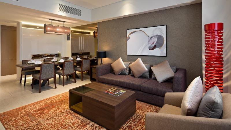 https: img.okezone.com content 2021 03 08 406 2374456 long-stay-di-surabaya-nikmati-oakwood-hotel-residence-surabaya-hotel-bergaya-residence-berkelas-bintang-5-ntHsjaxOyn.jpg