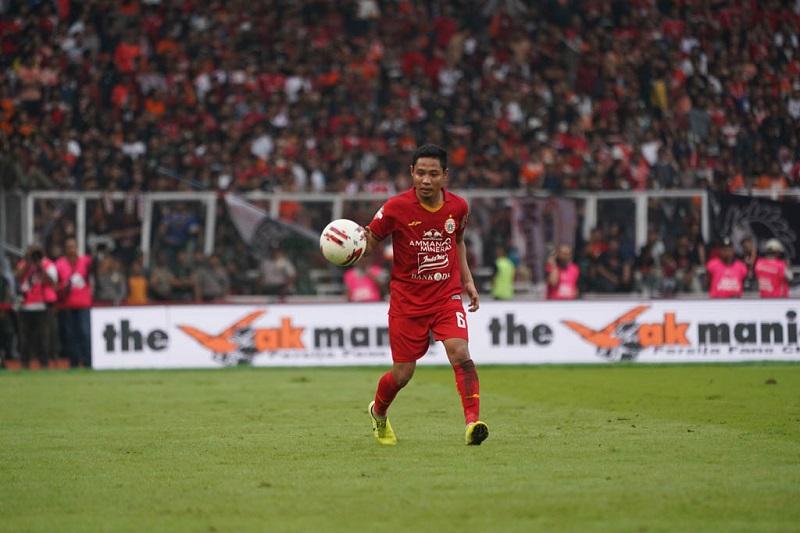 Tinggalkan Persija, Evan Dimas Resmi Gabung Bhayangkara Solo FC : Okezone  Bola