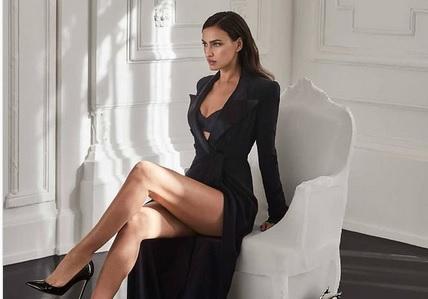 https: img.okezone.com content 2021 03 08 51 2374135 sama-sama-telanjang-dada-adu-seksi-andressa-urach-dan-irina-shayk-dwzCVmmewI.jpg