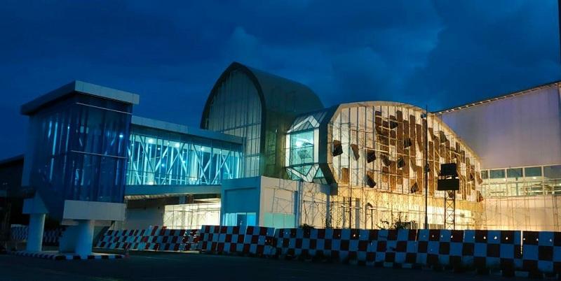 https: img.okezone.com content 2021 03 09 320 2374761 progres-pengembangan-bandara-juanda-lombok-hingga-sam-ratulangi-krfoAdj82C.jpg