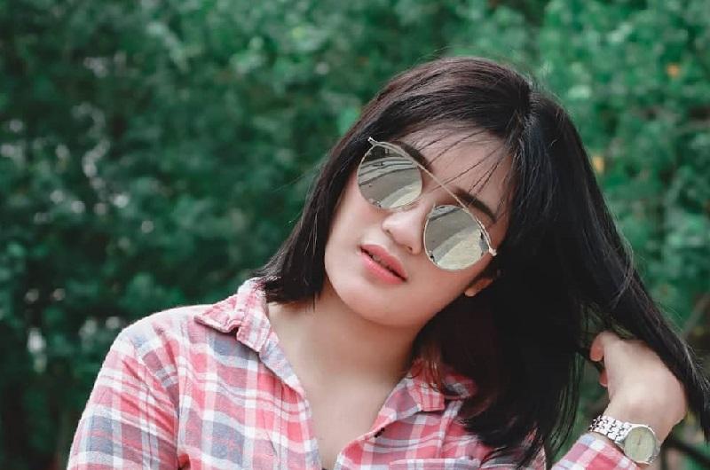 4 Gaya Defy Eviyana, Pemeran Pengganti Amanda Mano