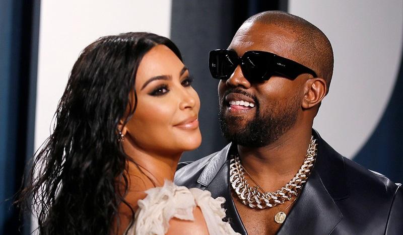 https: img.okezone.com content 2021 03 11 33 2376294 hindari-kim-kardashian-kanye-west-ganti-nomor-hp-cVHOGQMano.JPG