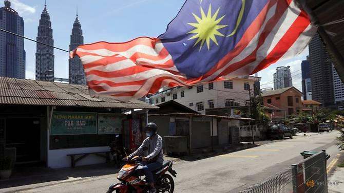 https: img.okezone.com content 2021 03 12 18 2376644 tekan-hoaks-covid-19-malaysia-berlakukan-uu-darurat-denda-hingga-rp1-7-m-penjara-6-tahun-01Ifxc5xR7.jpg