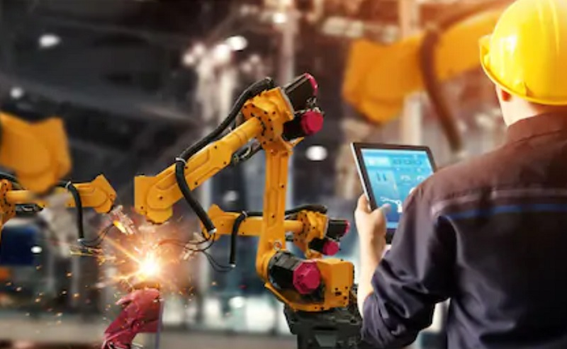 https: img.okezone.com content 2021 03 12 320 2376896 industri-4-0-infrastruktur-digital-pacu-daya-saing-ri-PHLvW59Ok4.jpg