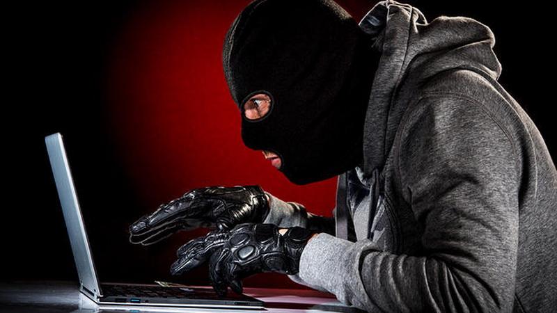 https: img.okezone.com content 2021 03 12 337 2376634 polisi-siber-penting-tapi-perlu-aturan-hukum-demokratis-Z1xECFBgqM.jpg