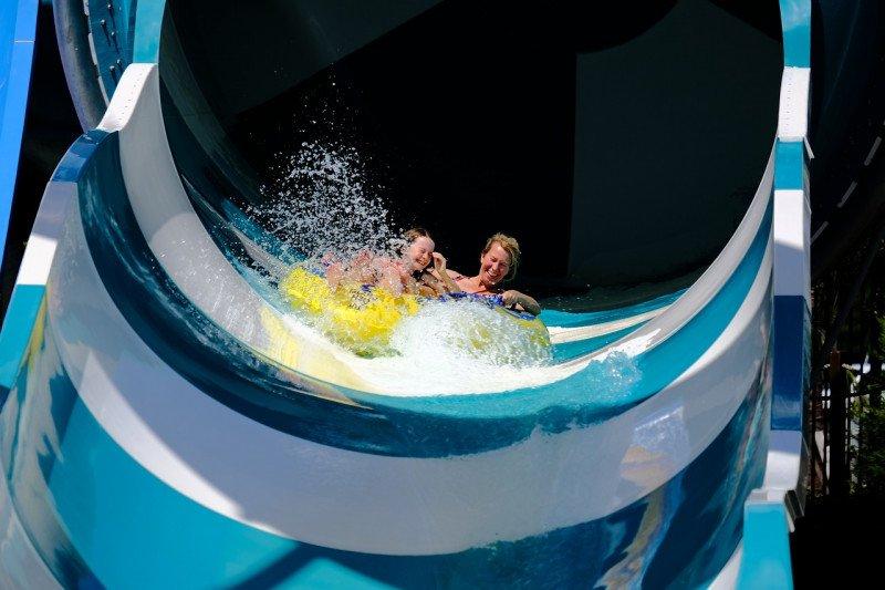 https: img.okezone.com content 2021 03 13 406 2377270 waterpark-dan-arena-bermain-anak-di-jakarta-bisa-beroperasi-kapasitas-pengunjung-25-rmpPDAOUVM.jpg