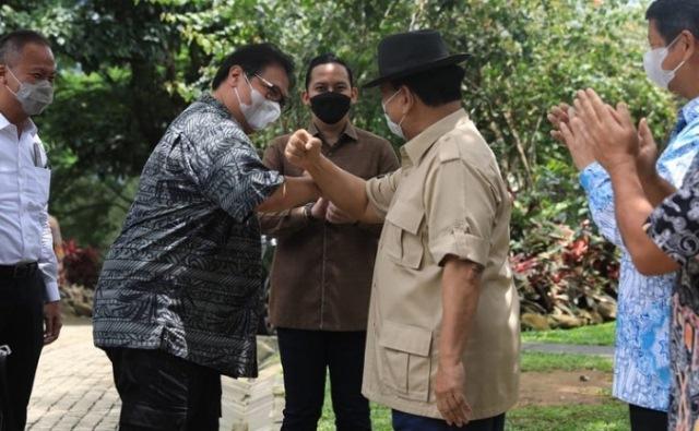 https: img.okezone.com content 2021 03 13 43 2377323 airlangga-hartarto-dan-prabowo-subianto-bahas-rencana-indonesia-jadi-tuan-rumah-olimpiade-2032-wlsMJONboY.jpg