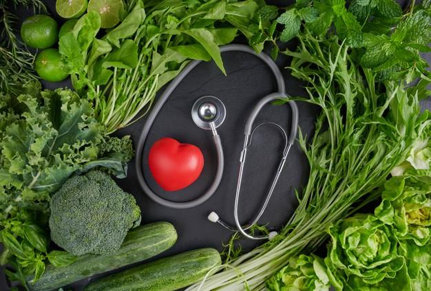 https: img.okezone.com content 2021 03 14 481 2377580 deretan-khasiat-buah-dan-sayuran-berwarna-hijau-termasuk-sehatkan-mata-ZmjS9U4avg.jpg