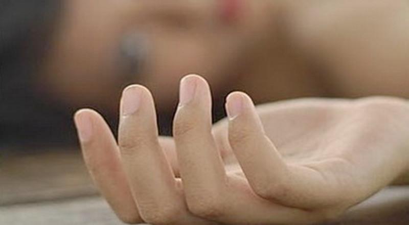 https: img.okezone.com content 2021 03 15 18 2378201 perempuan-30-tahun-diperkosa-5-pria-di-depan-suaminya-sendiri-P9rbuxH3zM.jpg