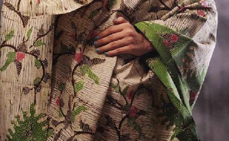 https: img.okezone.com content 2021 03 15 194 2378083 3-motif-batik-madura-yang-unik-dan-indah-intip-yuk-VwocQEQNhd.jpg