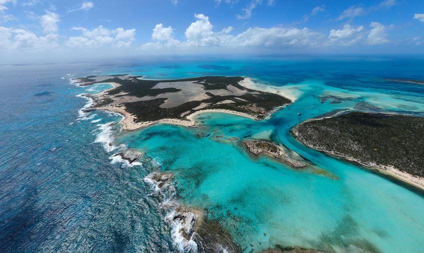 https: img.okezone.com content 2021 03 15 406 2377864 pulau-cantik-bak-surga-di-bahama-ini-dilelang-rp281-miliar-a9dmlRJpHO.JPG