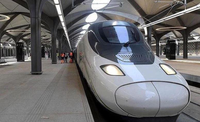 https: img.okezone.com content 2021 03 15 406 2377995 akhir-maret-kereta-cepat-makkah-madinah-kembali-beroperasi-rTOxNPAkZZ.JPG