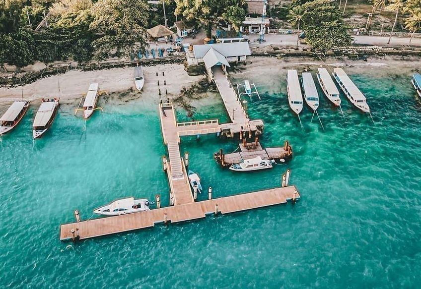 https: img.okezone.com content 2021 03 16 406 2378423 pelancong-mulai-tinggalkan-destinasi-wisata-3-gili-di-lombok-pasca-libur-nyepi-HPQX4uDoIz.JPG