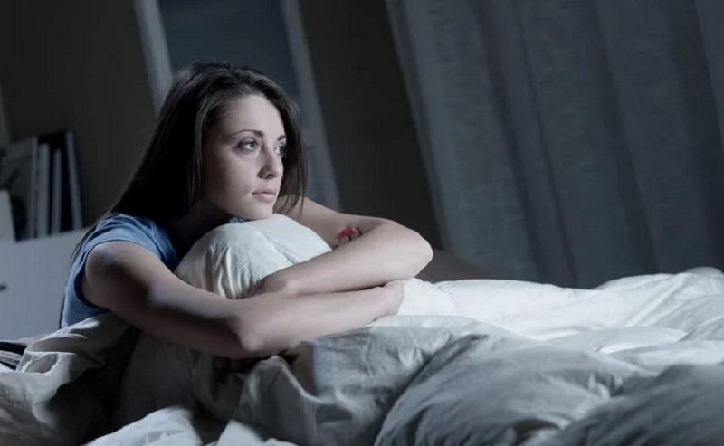 https: img.okezone.com content 2021 03 17 481 2379496 sering-insomnia-2-herbal-ini-bantu-perbaiki-kualitas-tidur-selama-pandemi-7xjV3GlvYv.jpg