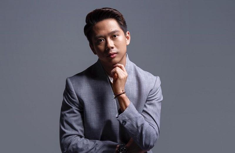 https: img.okezone.com content 2021 03 18 194 2379722 gantengnya-kevin-sanjaya-mirip-oppa-korea-pebulutangkis-indonesia-yang-batal-beraksi-di-all-england-SmsSLGFDxH.jpg