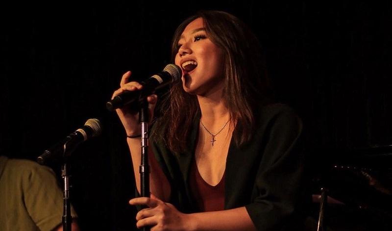 https: img.okezone.com content 2021 03 19 205 2380658 musisi-jazz-akui-musikalitas-anastasya-poetri-RA1Zcu2Yzb.jpg