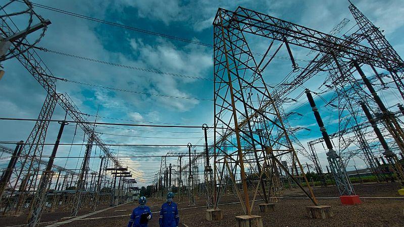 https: img.okezone.com content 2021 03 22 320 2382039 diskon-tarif-listrik-diperpanjang-april-juni-2021-ini-besarannya-Tr597vpIcT.jpg