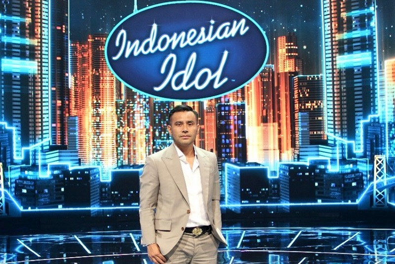 https: img.okezone.com content 2021 03 22 33 2381832 profil-judika-jebolan-indonesian-idol-yang-kini-tempati-kursi-juri-VUJU7BQTIu.jpg