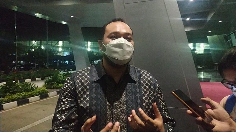 https: img.okezone.com content 2021 03 22 40 2382278 akun-instagram-all-england-hilang-karena-netizen-indonesia-presiden-bac-saya-bangga-6Hs2GacRhC.jpg