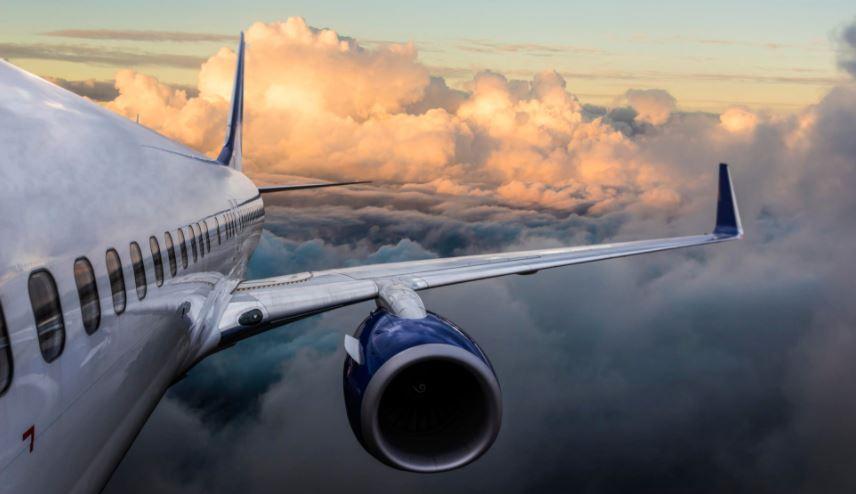 https: img.okezone.com content 2021 03 22 406 2381690 pesawat-turbulensi-parah-seorang-pramugari-cedera-serius-38omfDXgQV.JPG