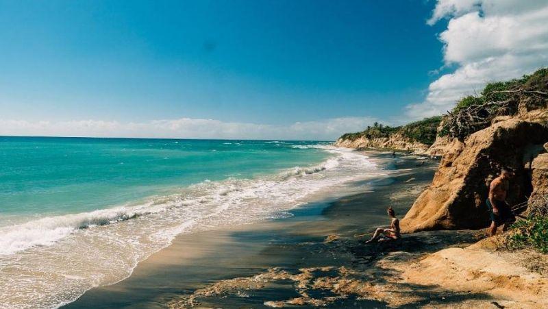 https: img.okezone.com content 2021 03 22 406 2381917 deretan-pantai-tenar-di-puerto-riko-pemandangannya-sulit-dicari-2FYWLCHRru.jpg