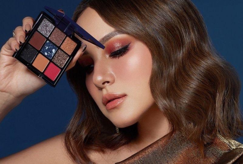 https: img.okezone.com content 2021 03 22 611 2382199 sederet-trik-tutupi-jerawat-dengan-makeup-mudah-kok-aj4gvlPHVs.jpg