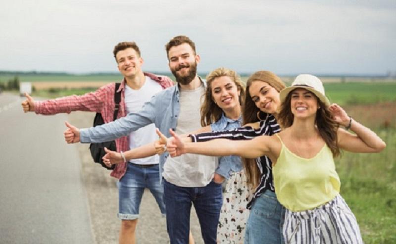 https: img.okezone.com content 2021 03 22 612 2381903 ini-10-negara-paling-bahagia-di-dunia-tahun-2021-PcAnU1AEya.jpg