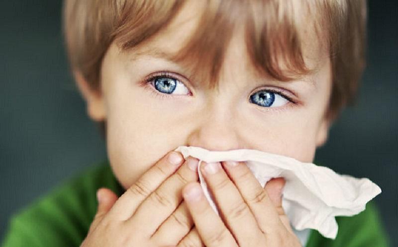 https: img.okezone.com content 2021 03 23 481 2382640 perubahan-cuaca-anak-jadi-lebih-rentan-terkena-flu-8N6h6lnxwV.jpg