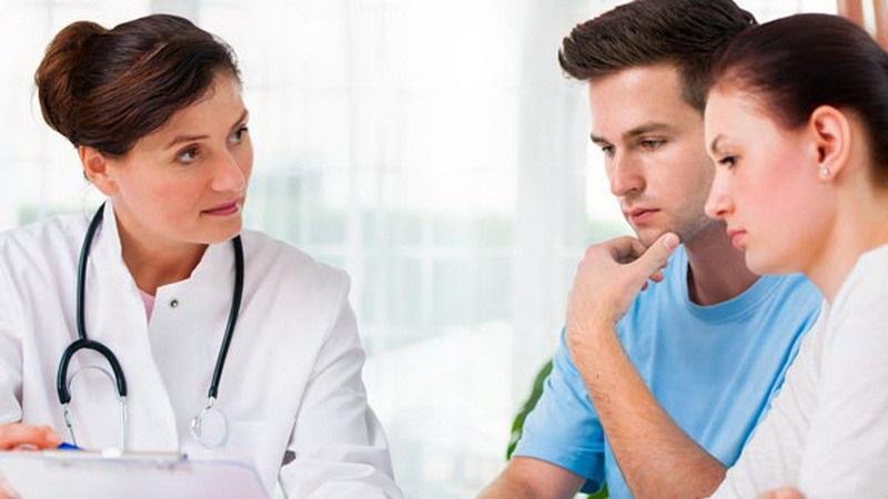 https: img.okezone.com content 2021 03 24 481 2383481 pasutri-punya-gangguan-kesuburan-infertilitas-idiopatik-mungkinkah-bisa-hamil-KDORCBZJcL.jpg