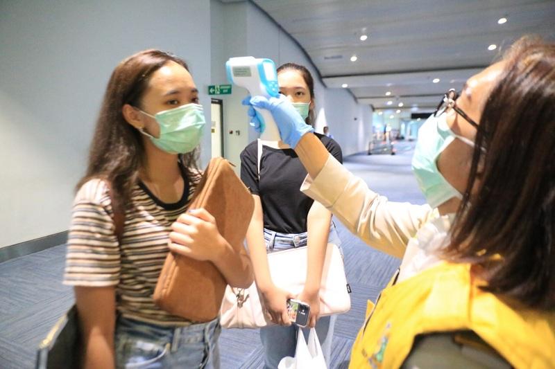 https: img.okezone.com content 2021 03 25 320 2384068 ri-dapat-pelajaran-berharga-dari-pandemi-covid-19-YmpAemnBSl.jpg