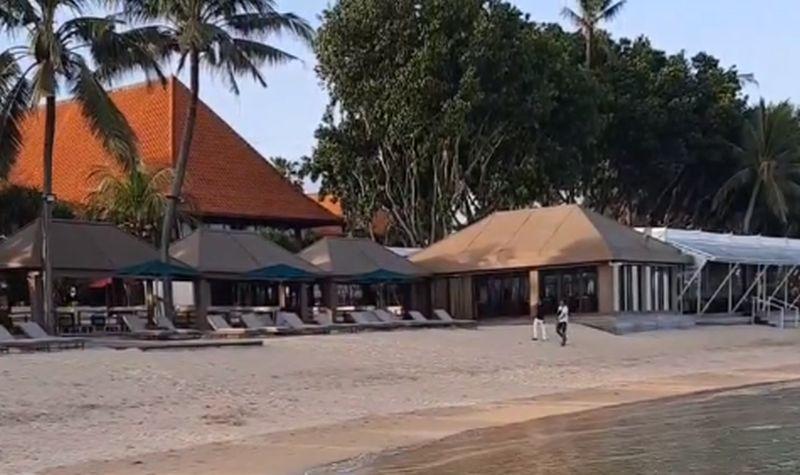 https: img.okezone.com content 2021 03 25 406 2383805 wisatawan-kecewa-diusir-dari-pantai-sanur-pengelola-hotel-kawasan-ini-milik-publik-O2QqIvbaZ5.jpg