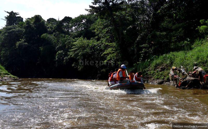 https: img.okezone.com content 2021 03 27 337 2385191 pemerintah-sebut-kualitas-air-sungai-di-sejumlah-provinsi-membaik-FIwh5Rs4ej.jpg