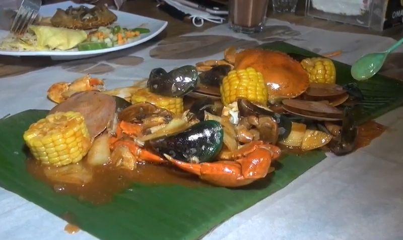 https: img.okezone.com content 2021 03 28 301 2385427 jalan-jalan-ke-tegal-cobain-seafood-rame-rame-7JeLpghRKY.jpg