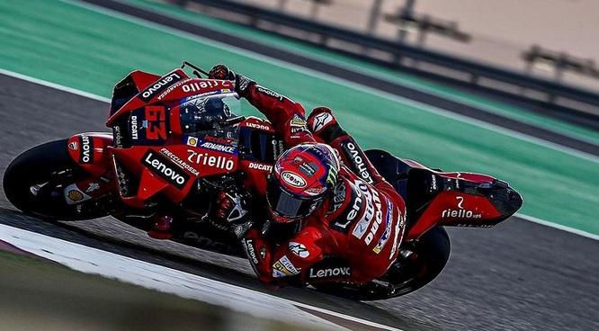 Hasil Kualifikasi Motogp Qatar 2021 Bagnaia Pole Position Valentino Rossi Keempat Okezone Sports