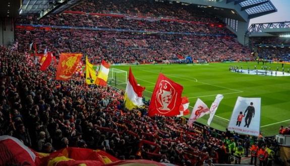 https: img.okezone.com content 2021 03 29 261 2385783 uefa-rencanakan-final-liga-champions-2020-2021-bisa-disaksikan-secara-langsung-Zo71eBcpmJ.jpg